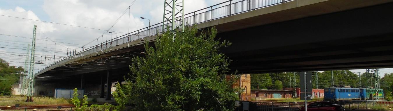 Bahnhofsbrücke